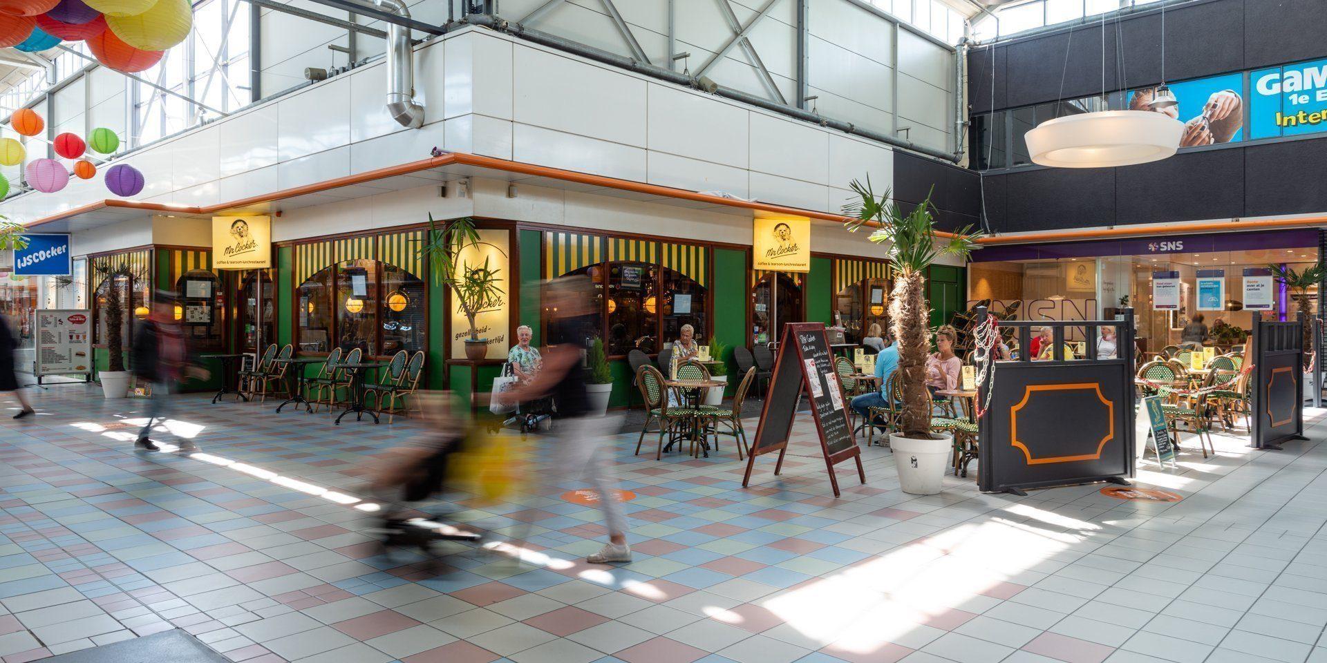 Coffee- and tearoom, restaurant